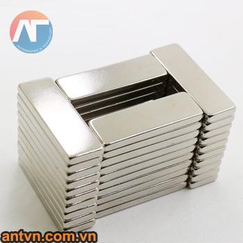 nam-cham-chu-nhat-40x20x5mm