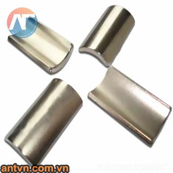 nam-cham-cong-15x10mm