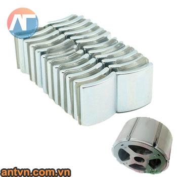 nam-cham-cong-20x10mm